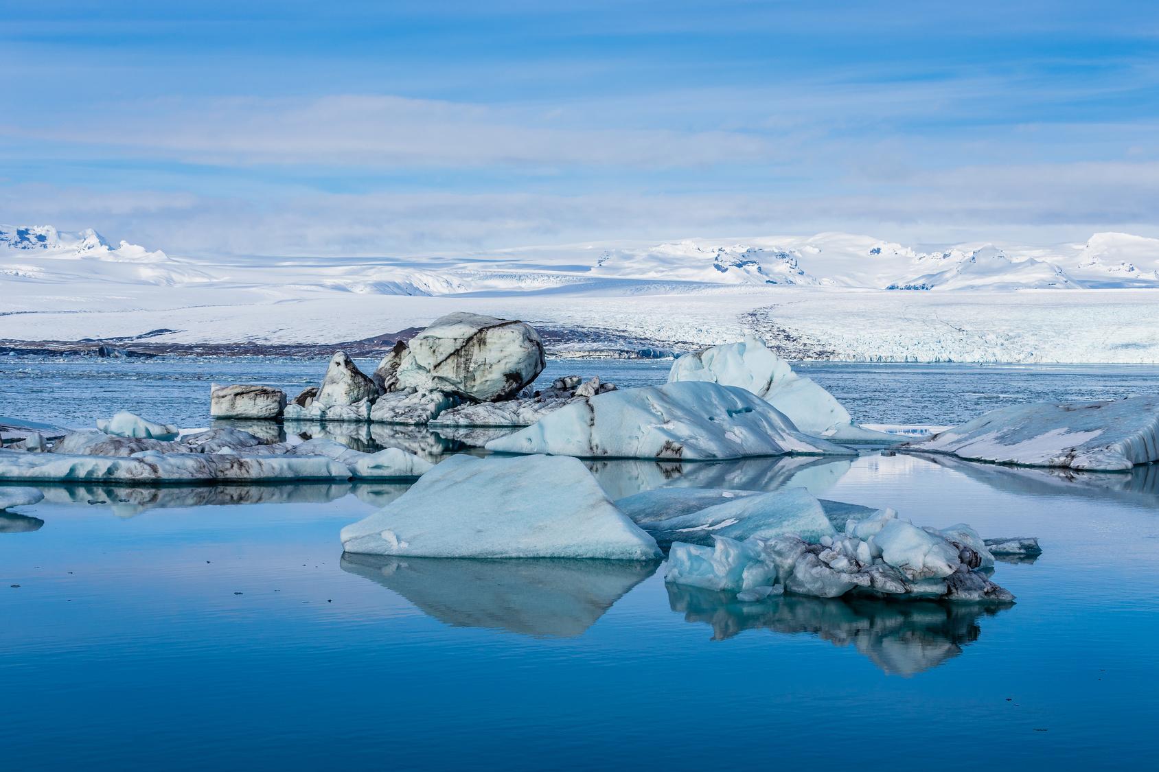 Lago glaciar en Islandia