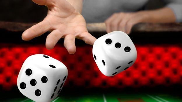 Prohibidos los juegos de azar